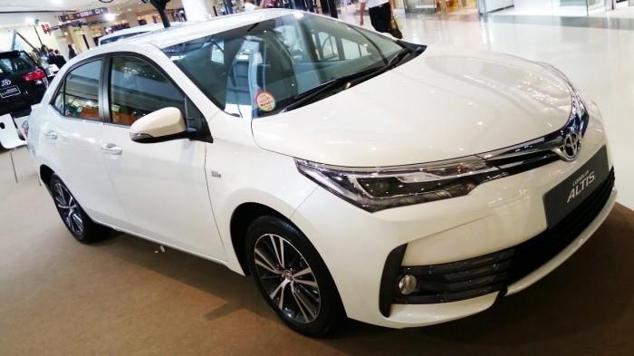 Corola Altis 1.8G CVT giá cả cạnh tranh Hỗ trợ trả góp lên tới 90%