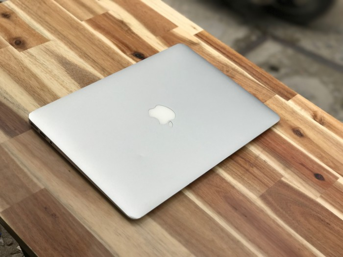 Macbook Air 2012 13,3in, i5 4G SSD128 Đẹp zin 100% Giá rẻ9