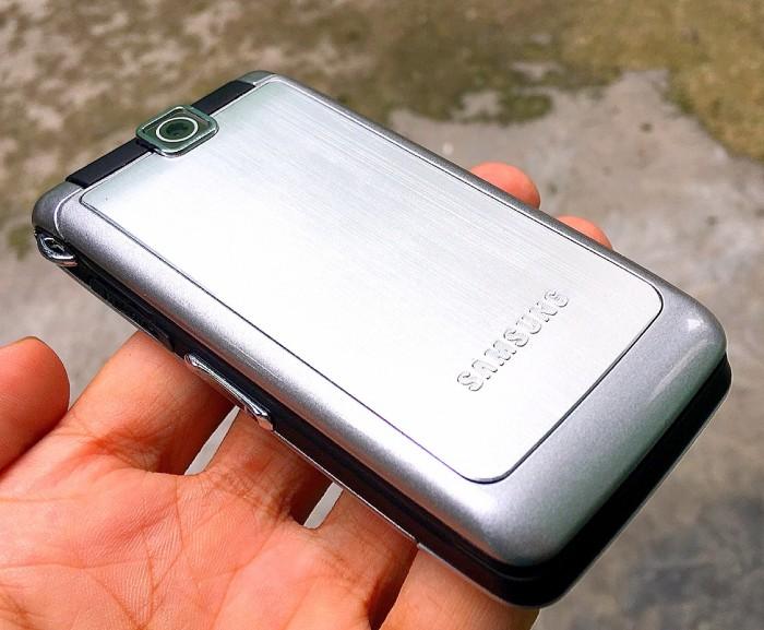 Điện thoại Nắp Gập ,Samsung S3600 Zin New sang chảnh siêu rẻ
