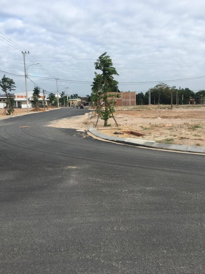 Cần bán lô đất nằm trên Quốc lộ 1A