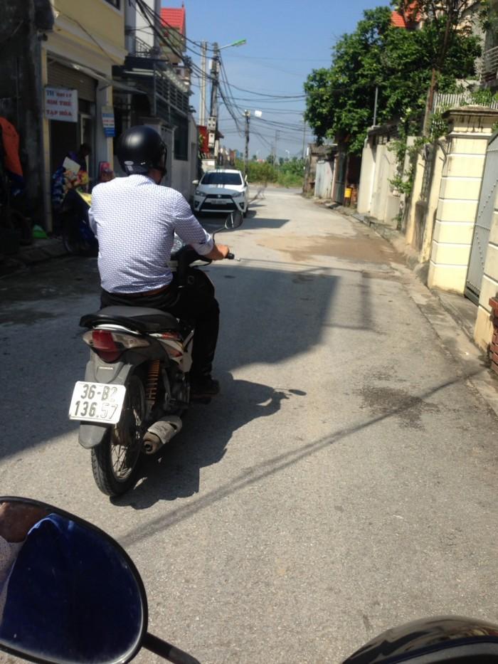 Bán nhà cấp 4 phường Thạch Bàn, đường ô tô 7 chỗ vào DT 33,3m2