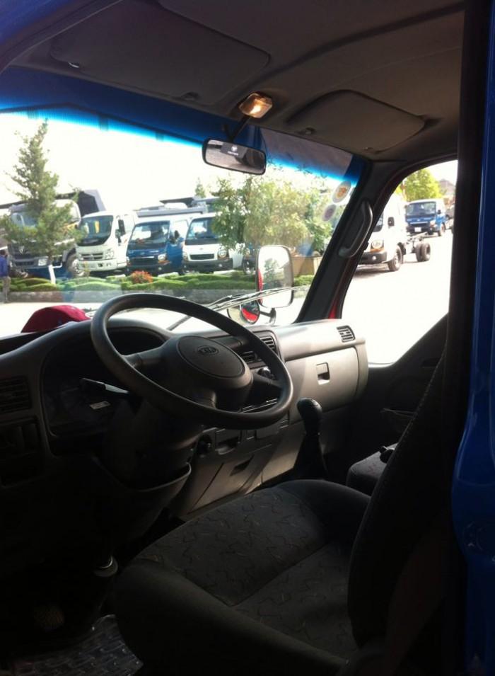 Bán xe tải Kia K3000 nâng tải 2,4 tấn thùng mui phủ bạt, thùng kín