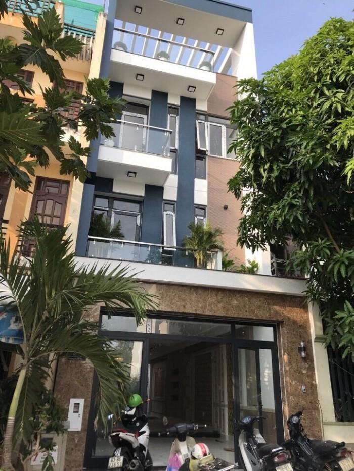 Cần bán biệt thự phố 3 lầu, Nguyễn Lương Bằng, Phú Mỹ, Q7, DT 5x18m.