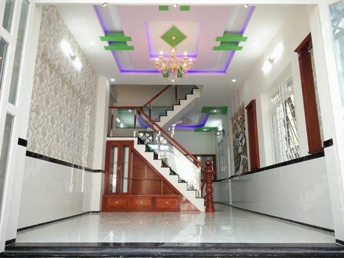 Bán Nhà mặt tiền Lê Hồng Phong, Quận 5, 3x12, 2 lầu.