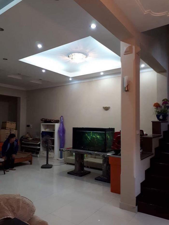 Bán nhà Đại gia, phố Phạm Ngọc Thạch, 100m
