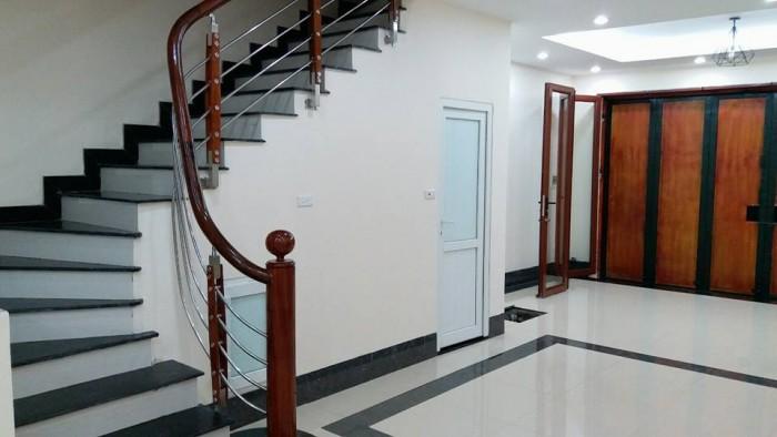 Nhà mới, lô góc 5 tầng cực đẹp phố chùa Láng Đống Đa