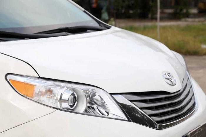 Toyota Sienna LE 3.5L 2010 18