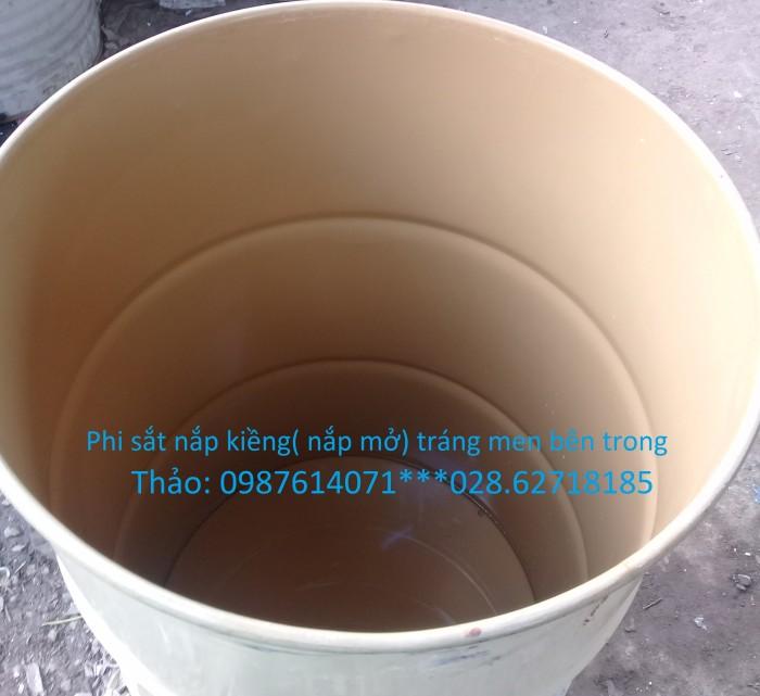 Thùng phuy nắp kiềng( nắp mở) . Dung tích 200 lít Bên trong tráng men, sạch sẻ, không nước