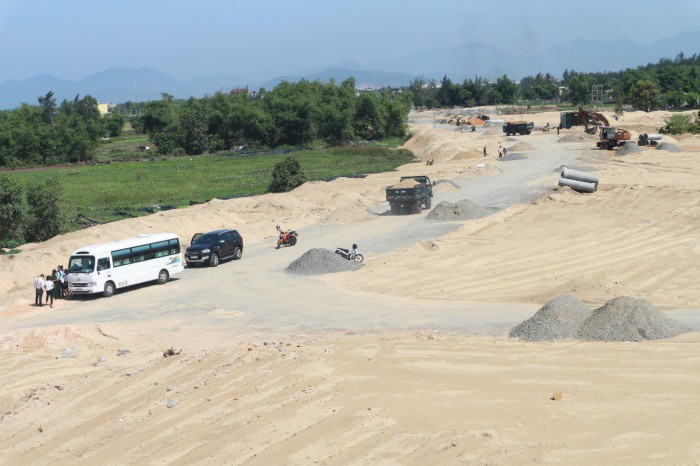 Đất biển Đà Nẵng giá rẻ, cạnh ven sông du lịch Cổ Cò và gần resort cấp cao