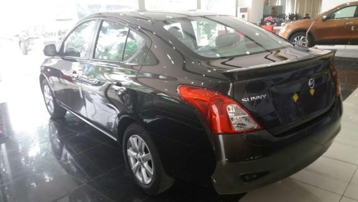 Nissan Sunny XV premium giá ưu đãi, hỗ trợ trả góp lãi xuất thấp