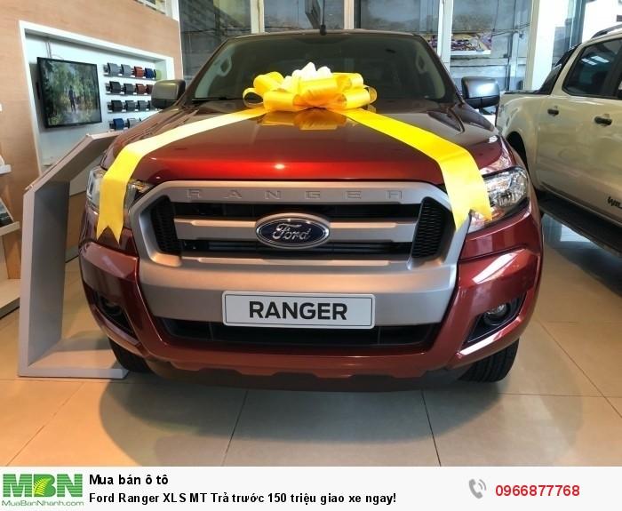 Ford Ranger XLS MT Trả trước 150 triệu giao xe ngay tại Gia Định Ford