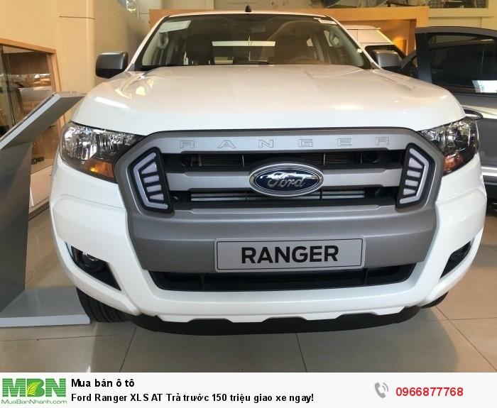 Ford Ranger XLS AT Trả trước 150 triệu giao xe ngay tại Gia Định Ford 1