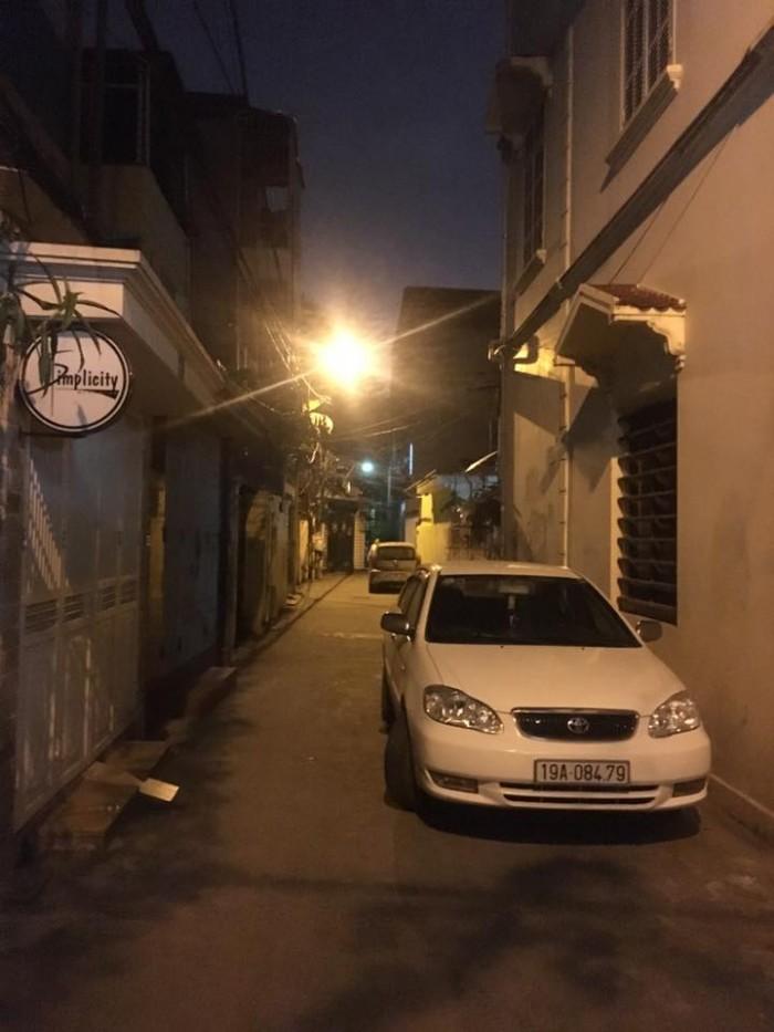 nhà 2 mặt thoáng , kinh doanh phố Lạc Trung