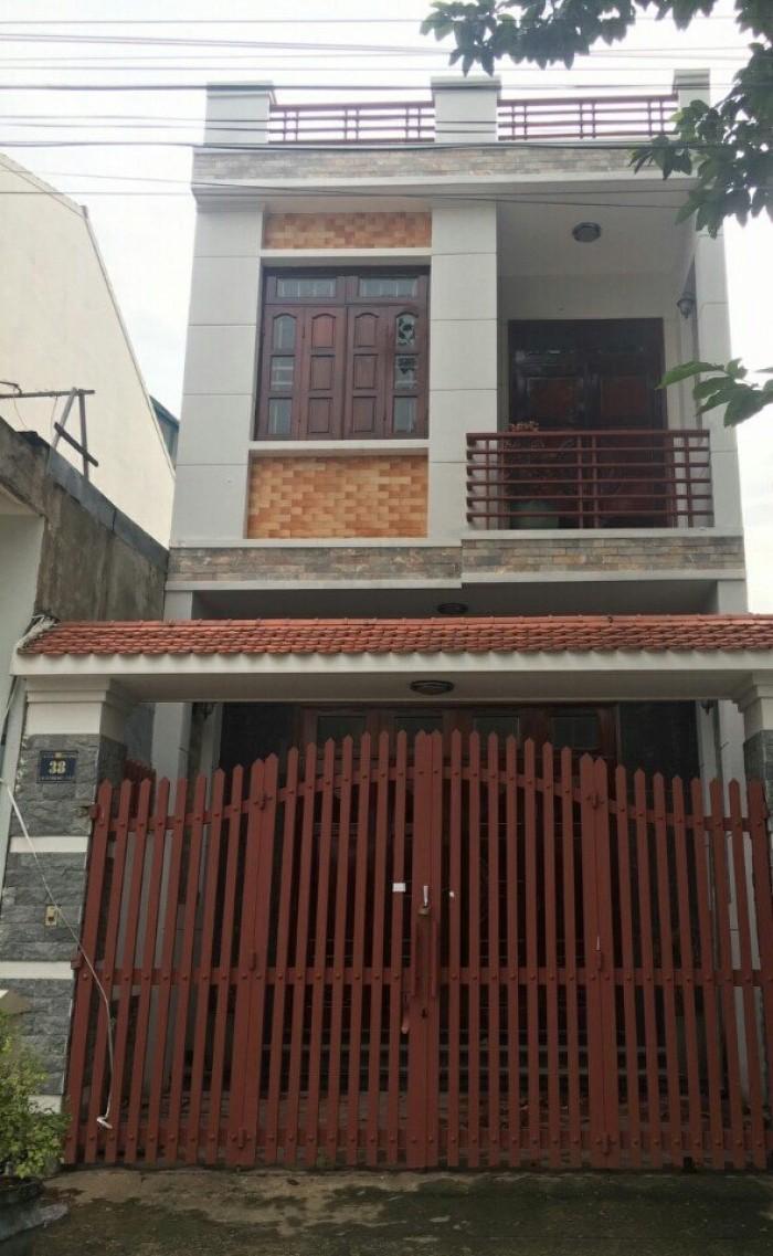Bán nhà Bình Chánh 1 trệt 1 lầu, dt 5x18m, shr, thổ cư 100%