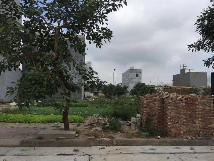 Bán gấp Lô biệt thự NV5-xx khu đô thị Tuệ Tĩnh ngay cổng chung cư CT2 chỉ 24,5 tr/m2
