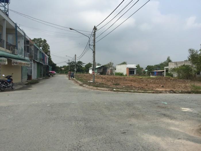 Đất phố chợ ki-ốt giá rẻ, sổ riêng, buôn bán sầm uất ngay Tỉnh Lộ 10, gần Lê Minh Xuân, 80m2