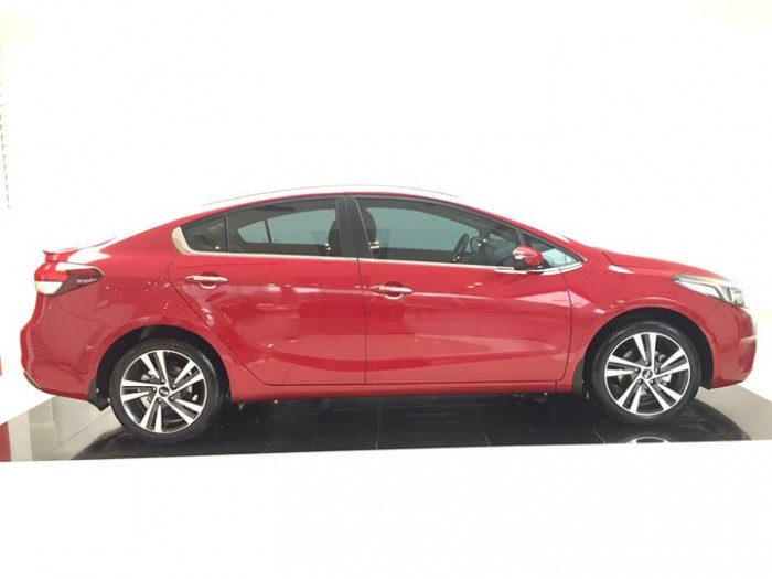 Kia Cerato - Chương Trình giá sốc - số lượng có hạn - lấy xe với 130 tr