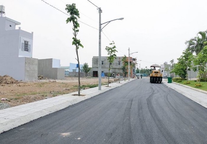Cần bán gấp đất MT đường 32m Lương Định Của quận 2