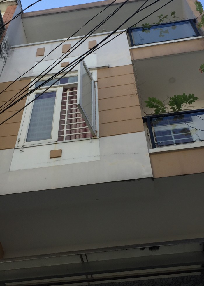 Nhà Phan Xích Long, 50m, hẻm 3 gác, MT 4.3 m.
