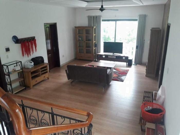 Bán gấp căn hộ Đường Tiểu La, Quận Hải Châu, tầng 2, view đẹp, full nội thất có thể vào ở ngay
