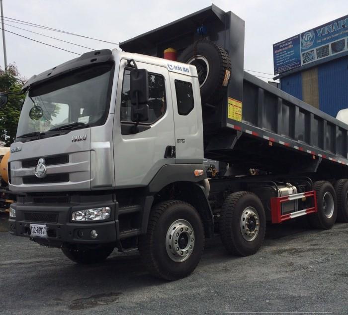 Xe tải ben 4 chân Chenglong