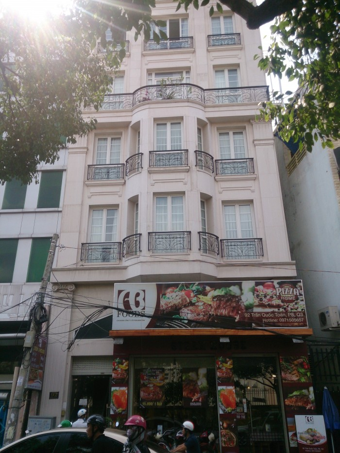 Bán nhà HXH Thành Thái, DT: 3.8x14m, 1 lầu.  Q.10