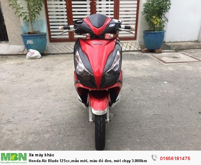 Honda Air Blade 125cc,mẫu mới, màu đỏ đen, mới chạy 3.000km