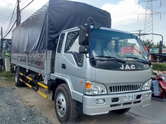 Đặt 50Tr lấy xe ngay, JAC 8.4 tấn.2017