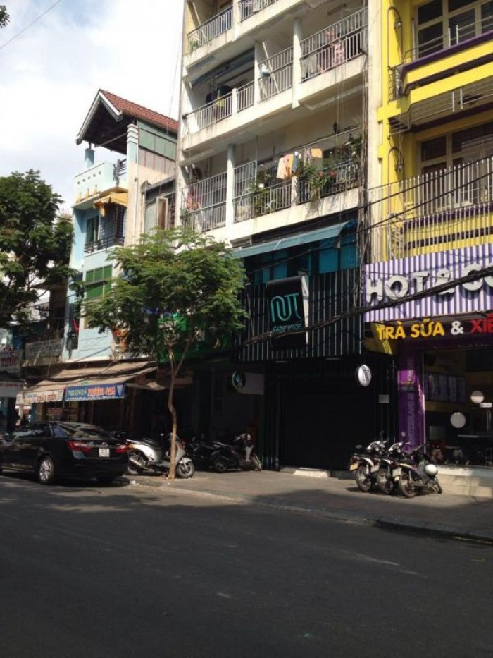 Bán nhà mặt tiền Nguyễn Đình Chiểu, P. 4, Q.3. DT=4mx20m,4 lầu