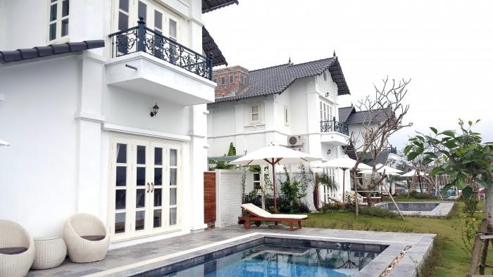 biệt thự 4 sao tại khu nghỉ dưỡng vườn vua resort & villas.
