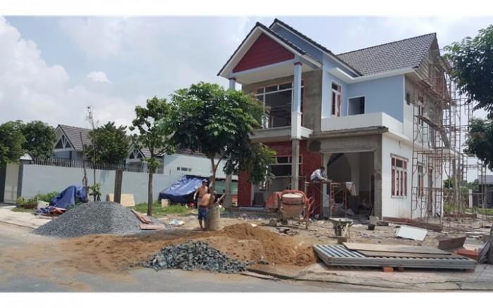 cần tiền bán gấp 2 lô đất phường bửu long khu song ngữ.