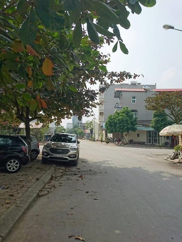 Tìm chủ mới cho mảnh đất ở Ngô Xuân Quảng-Trâu Quỳ-Gia Lâm-HN. Diện tích 66m2. Mặt tiền 4,1m .