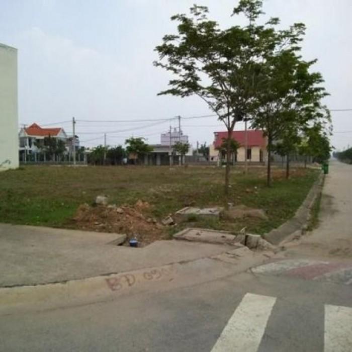 Chú Lâm bán gấp lô đất 450m2 mặt tiền chợ + dãy trọ đang kinh doanh tốt Bình Dương