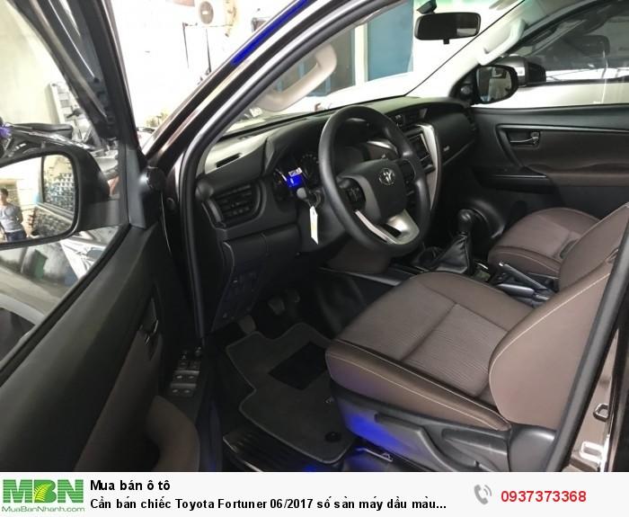 Cần bán chiếc Toyota Fortuner 06/2017 số sàn máy dầu màu Nâu đen