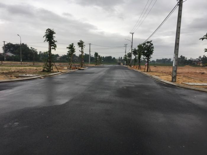 Cần bán nhanh vài lô đất Trung tâm thị trấn Vĩnh Điện, cạnh quốc lộ 1A