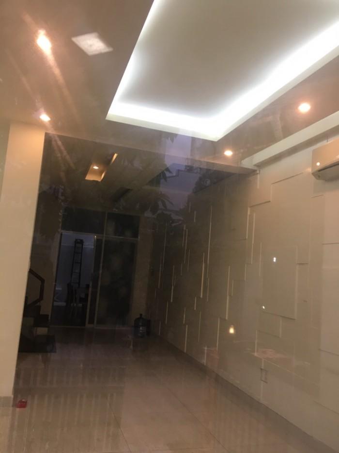 Cho thuê nhà phố có thang máy kdc Himlam Tân Hưng, Quận 7