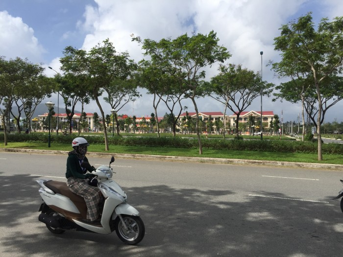 Bán đất đường Hoàng Thị Loan gần ngã tư Nguyễn Sinh Sắc Hoàng Thị Loan
