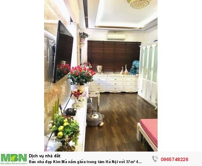 Bán nhà đẹp Kim Mã nằm giữa trung tâm Hà Nội với 37m² 4 tầng