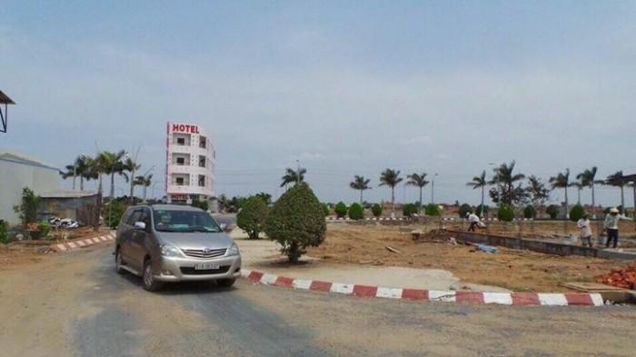 Cần bán gấp lô đất thổ cư 100% đường Nguyễn Thị Định quận 2
