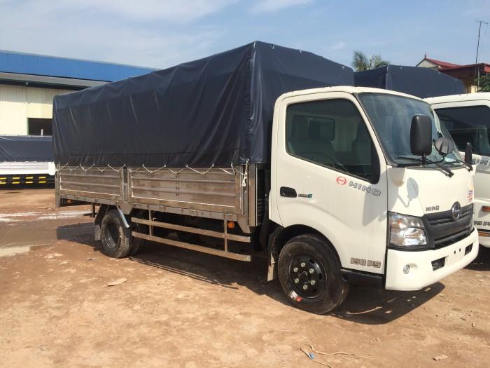 Ô tô tải HINO 1,9 tấn/ chở hàng vào thành phố