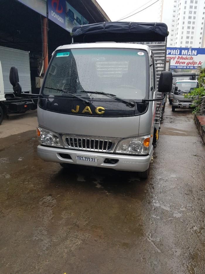 Bán xe tải Jac 2t4 - Thủ tục cực kì nhanh gọn, đơn giản.