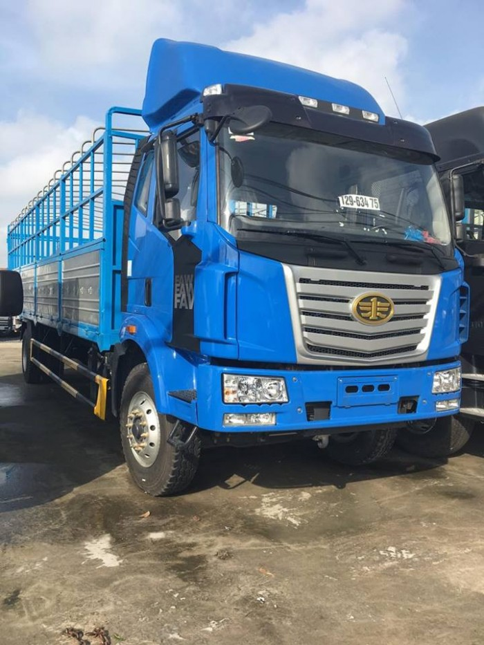 Xe tải FAW 7.8T động cơ Hyundai thùng dài 9,8m