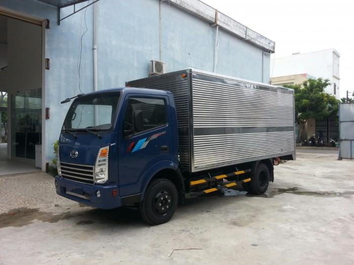 Xe tải HYUNDAI 2.4 thùng kín 2017