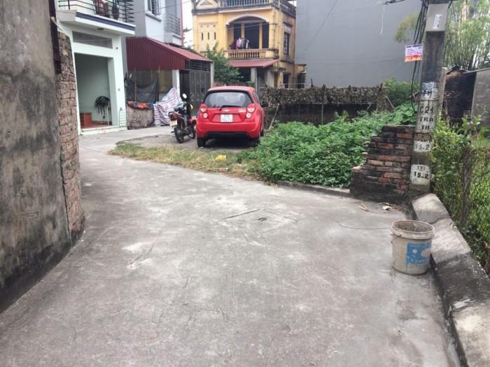 Bán đất phường Thạch Bàn gần khu đô thị 52m2 ĐN đường ô tô 3m vào tận nhà