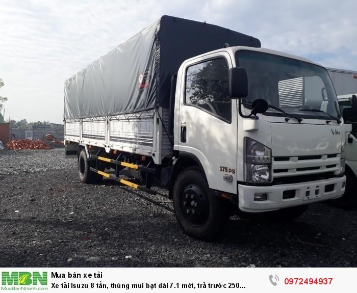 Xe tải Isuzu 8 tấn, thùng mui bạt dài 7.1 mét, trả trước 250 triệu