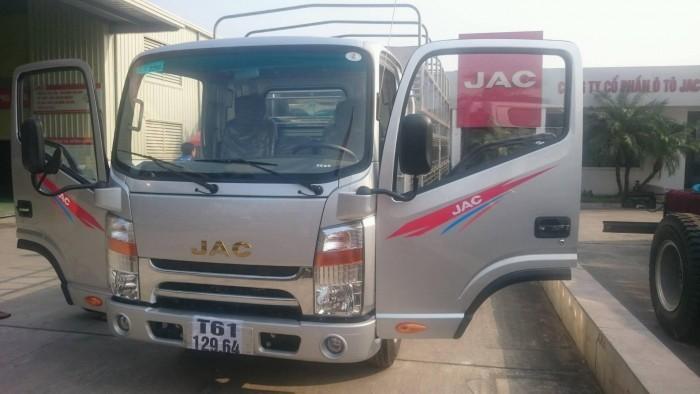 Ô tô tải JAC 1,9 tấn/ chở hàng vào thành phố