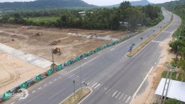 Đất Phú Quốc cách thị trấn Dương Đông 2,5 km