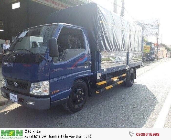 Xe tải IZ49 Đô Thành 2.4 tấn vào thành phố
