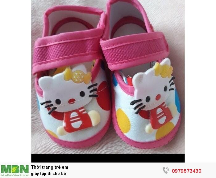 Giày tập đi cho bé0