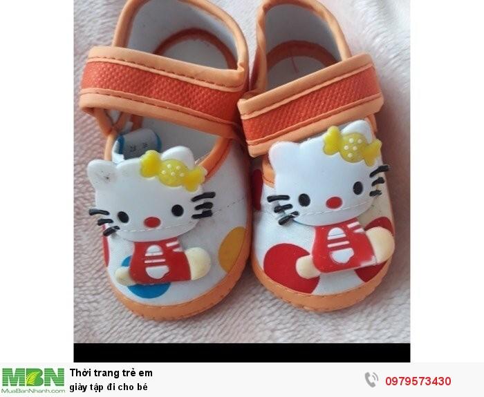 Giày tập đi cho bé1